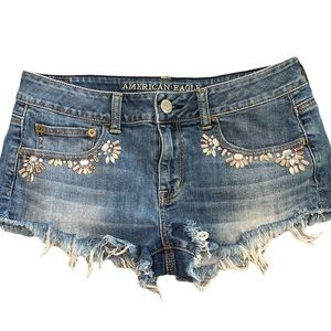 American Eagle size 8  Distressed Stretch Shorts